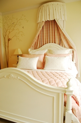 Cresent Point Bedroom